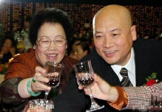 'Đường tăng' Trì Trọng Thụy tuổi 69 sống hạnh phúc bên vợ tỷ phú