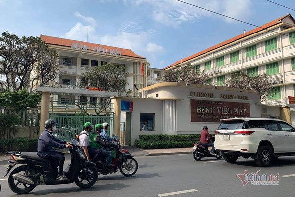 Khởi tố, bắt tạm giam Giám đốc Bệnh viện Mắt TP.HCM