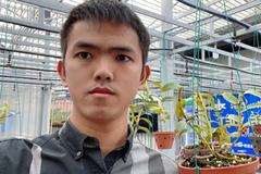 Chàng cựu sinh viên lập trình khởi nghiệp từ niềm đam mê hoa lan