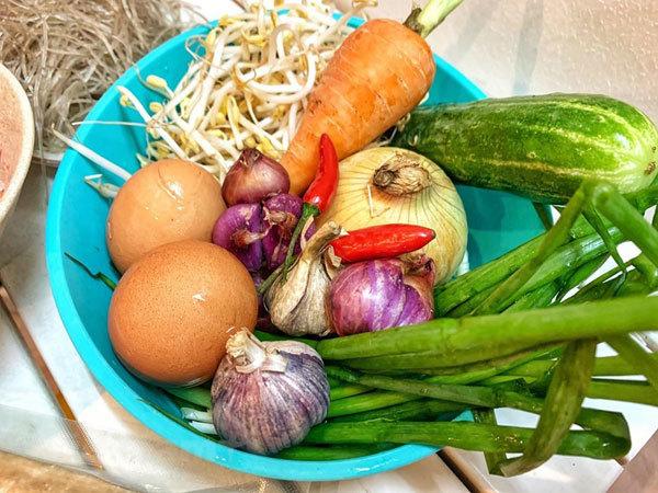 Hanoi's fried spring rolls