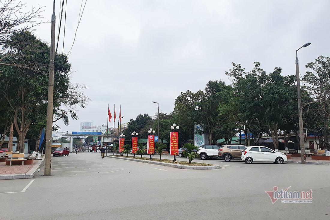 Ga Vinh đìu hiu ngày 27 Tết, bến xe Đà Nẵng vắng vẻ lạ thường