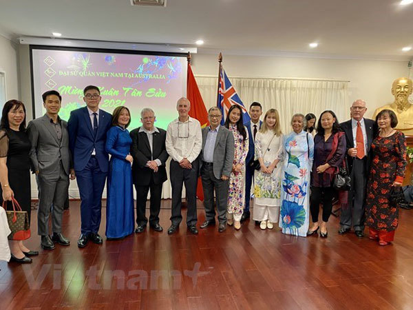 Diplomatic agencies in Australia, Italy, Russia hold Tet gatherings with OVs