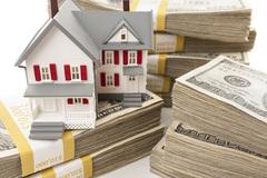 Xây nhà lần đầu coi chừng bạc mặt, cạn tiền, ngập đống nợ