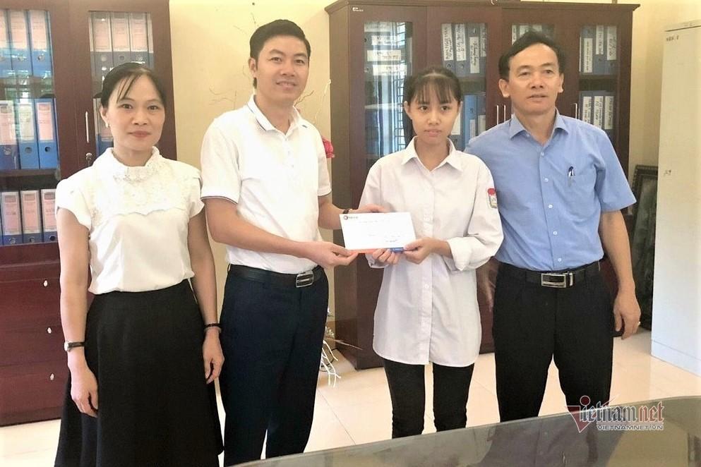 Hạnh phúc giản dị của cô giáo nuôi học trò đoạt giải quốc tế