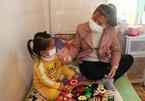 Những nữ bệnh nhân Covid-19 kiên cường, lạc quan trong tâm dịch Chí Linh