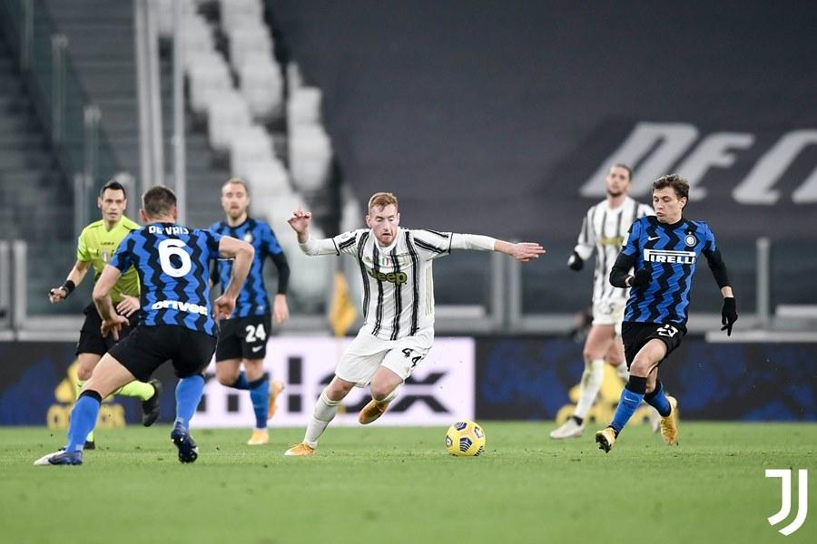 Đá bay Inter, Juventus vào chung kết Coppa Italia