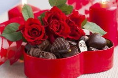 Chinh phục bạn gái bằng những món quà Valentine ngọt ngào