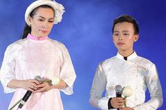 Phi Nhung công khai chê trách con trai nuôi Hồ Văn Cường