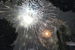 Nhật ký 30 Tết: Hà Nội bắn pháo hoa tầm cao đêm giao thừa