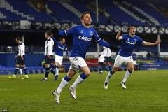 """Everton đá bay Tottenham khỏi FA sau màn rượt đuổi """"điên rồ"""""""