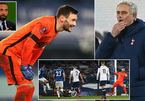 Poor Mourinho, being 'sabotaged' by the Tottenham player