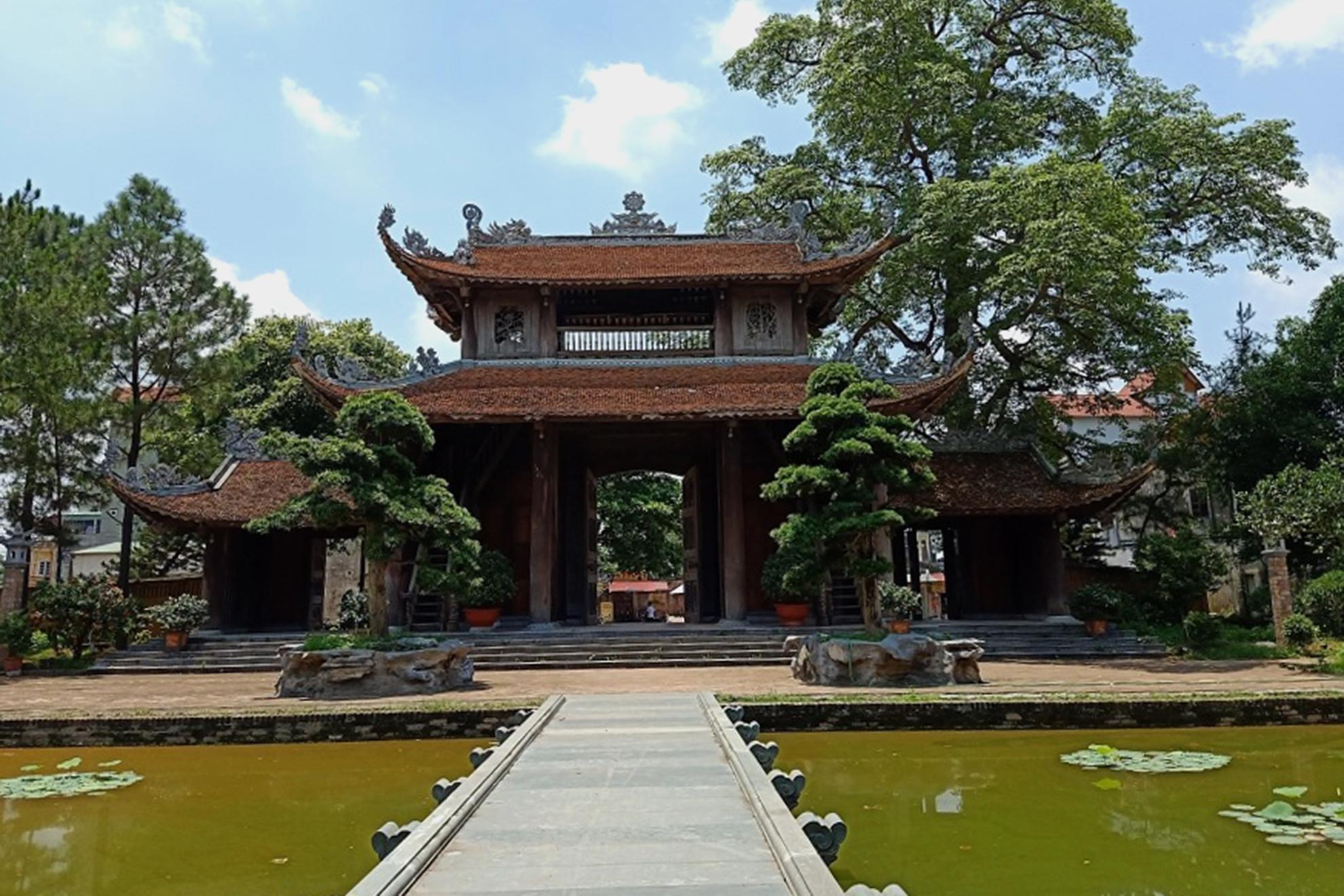 Nom Pagoda,Pho Hien,Hung Yen travel,da trach temple
