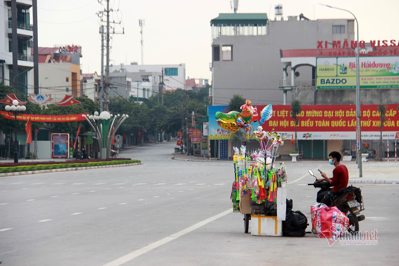 Cảnh dễ thương trong khu cách ly TP Chí Linh ngày mùng 1 Tết