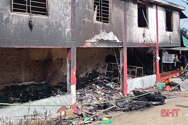 Cháy nhà sáng mùng 1 Tết, học sinh lớp 4 ở Hà Tĩnh tử vong