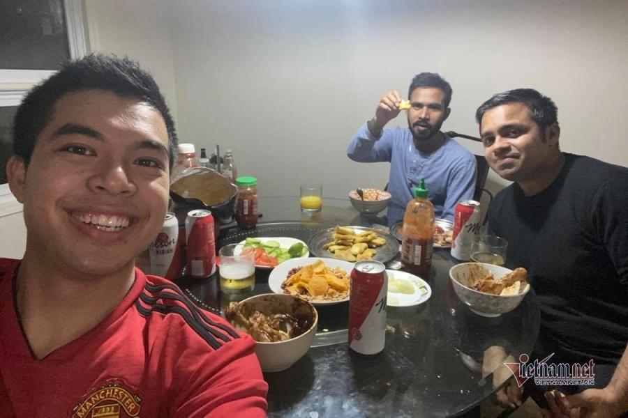 Vượt đường xa mua bánh chưng, du học sinh Việt 'rưng rưng' Tết ở xứ người