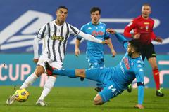 Napoli vs Juventus: Tự tin trước cạm bẫy