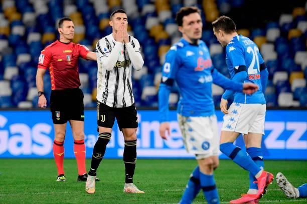 Ronaldo kém duyên, Juventus phơi áo trước Napoli