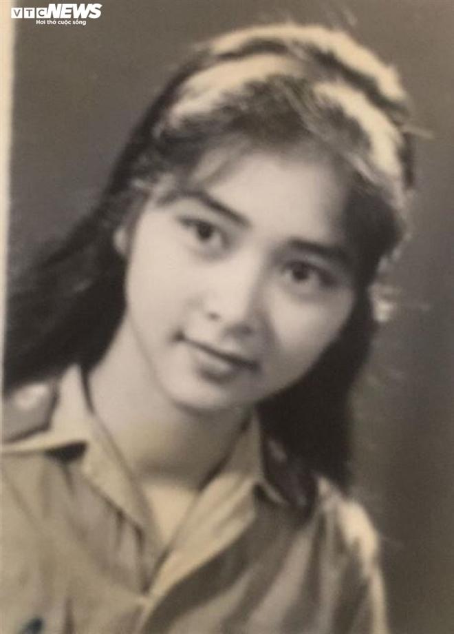 Những bức ảnh chưa từng công bố của 'ni cô Huyền Trang'
