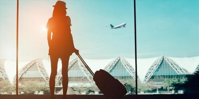 Tết ảm đạm của tiếp viên hàng không: Thưởng bằng voucher, 'treo giò cả năm'