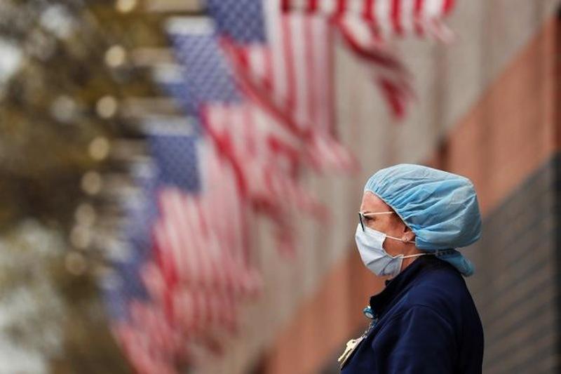 Chuyên gia mổ xẻ 'bí quyết' khiến số ca Covid-19 giảm mạnh ở Mỹ