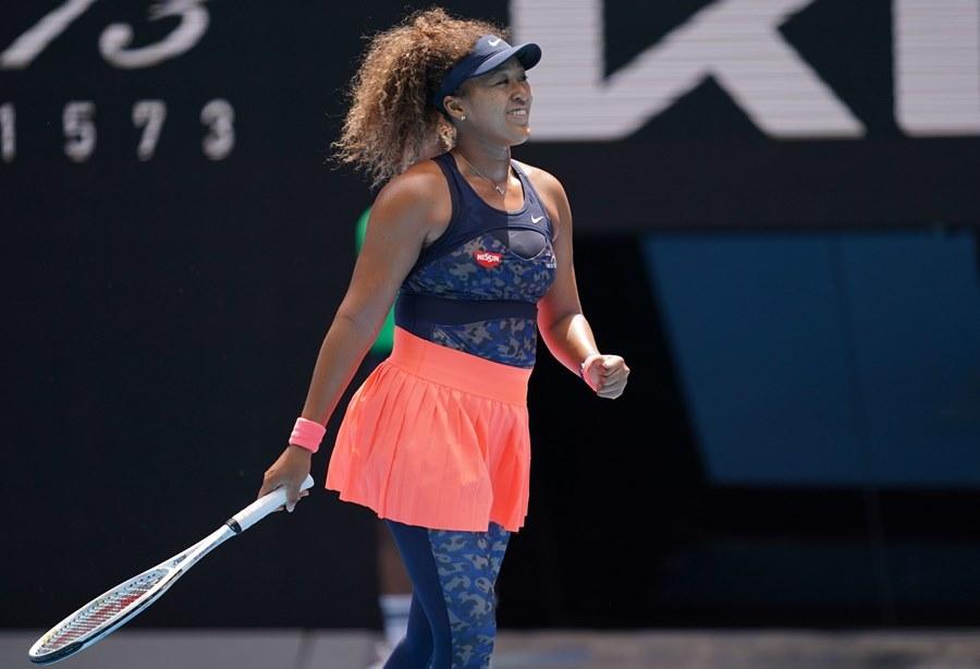 Naomi Osaka lấy vé bán kết Australian Open dễ như đi dạo