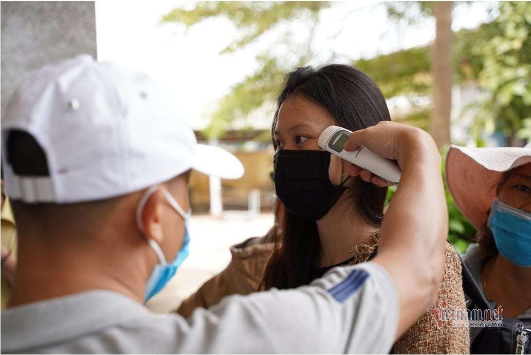 Công chức Bình Thuận phải sàng lọc Covid-19 trước khi trở lại làm việc