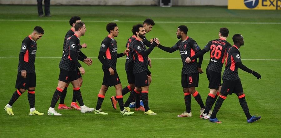 'Song sát' Salah - Mane giúp Liverpool thổi bay Leipzig