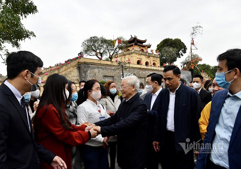 Tổng Bí thư, Chủ tịch nước trồng cây tại Hoàng Thành Thăng Long