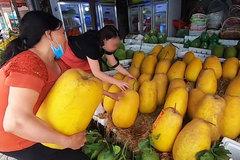Dân mạng xôn xao loại bưởi lạ to như quả bí khổng lồ, ăn được từ vỏ đến ruột với giá lên tới 100.000 đồng/kg!?