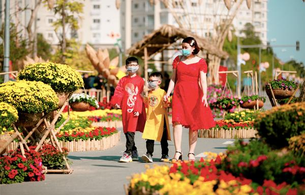 """Đường hoa Home Hanoi Xuân - điểm """"check-in' lung linh Tết Tân Sửu"""