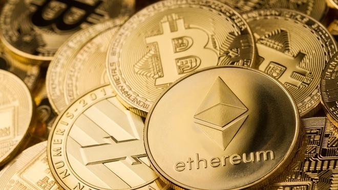 Kỷ lục mọi thời đại: Bitcoin vượt ngưỡng 52.000 USD