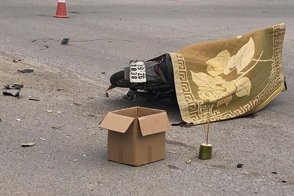 Tông vào ô tô, người đàn ông tử vong ở Vĩnh Phúc