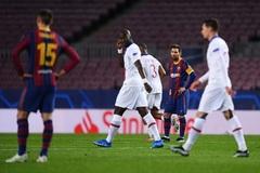 Phòng thay đồ Barca mất tinh thần sau khi thua PSG