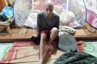 Con ung thư xương, vợ chồng nghèo có nguy cơ mất nhà