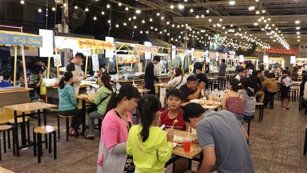 Ky Dai Quang Trung Street – a new hotspot for foodies