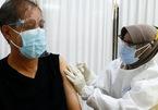 Jakarta phạt nặng người từ chối vắc-xin
