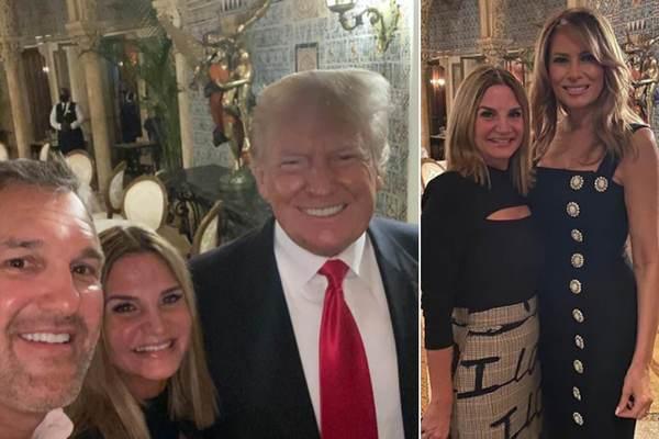 Lần đầu sau khi rời Nhà Trắng, ông Trump xuất hiện cùng vợ
