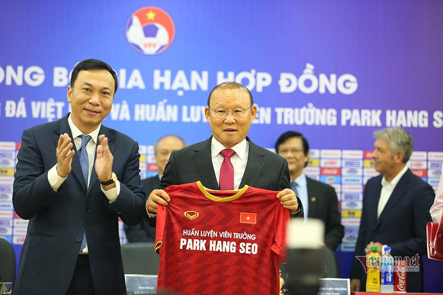 Hợp đồng HLV Park Hang Seo: VFF tự tin điều khoản 'kích hoạt'