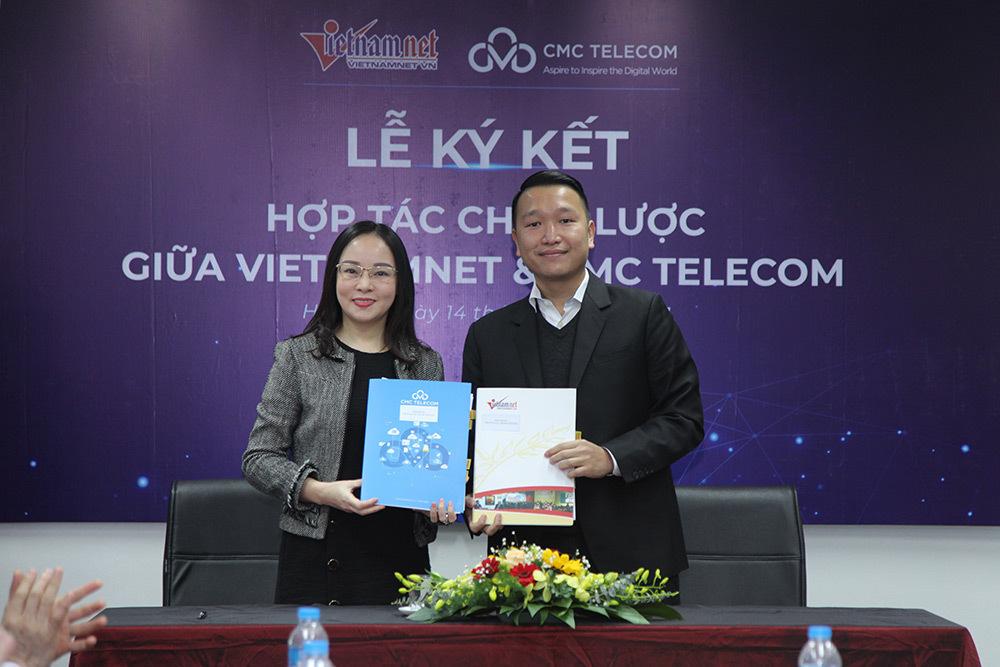 Phó tổng Biên tập Báo VietNamNet Hoàng Thị Bảo Hương và Phó Tổng giám đốc CMC Telecom Đặng Tùng Sơn