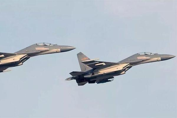 Trung Quốc điều nhiều máy bay chiến đấu áp sát Đài Loan