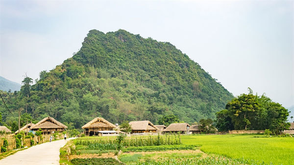 Discovering peaceful Tha Village in Ha Giang