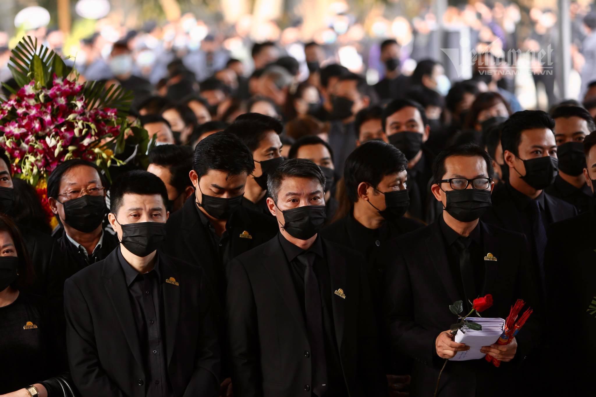 NSND Lan Hương, Xuân Bắc đau xót nói lời tiễn biệt NSND Hoàng Dũng