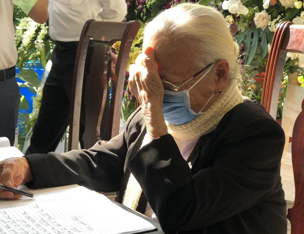 Chủ tịch QH Nguyễn Thị Kim Ngân chia buồn với gia đình ông Trương Vĩnh Trọng