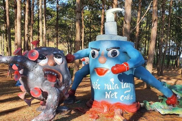 Da Lat's unique 'anti-epidemic' park