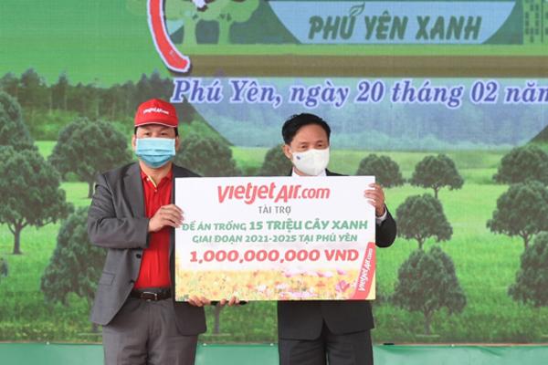 Vietjet góp sức trồng 15 triệu cây xanh ở Phú Yên