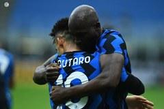 """""""Song sát"""" Martinez - Lukaku giúp Inter nhấn chìm Milan"""