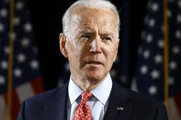 Loạt thách thức chờ đón ông Biden sau tháng đầu 'trăng mật'