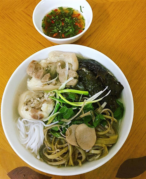 Thai Binh's bun bung hoa chuoi a hit far and wide