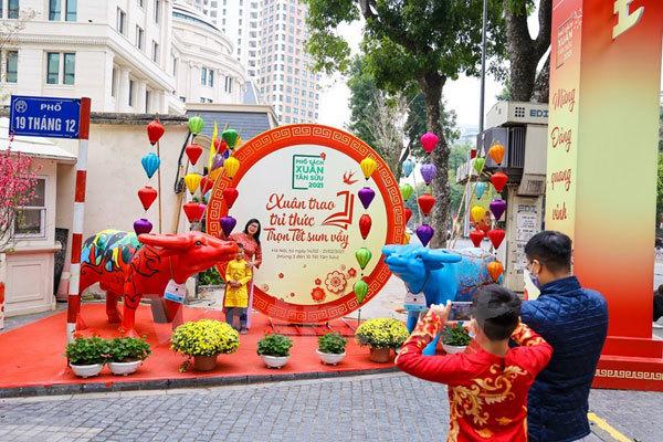 Hanoi Book Street given facelift during Tet