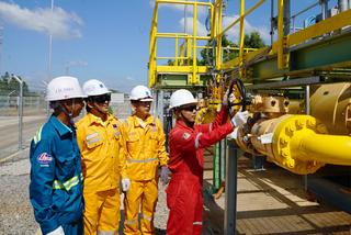 PV GAS lên kế hoạch ứng phó dịch Covid-19 và diễn biến giá dầu năm 2021